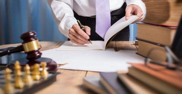 abogado-especialista-en-amenazas